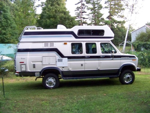 Photo gallery photo 131 on 1989 ford e350
